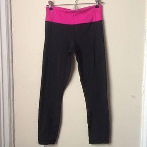 Lululemon Athletica yoga pants size 4